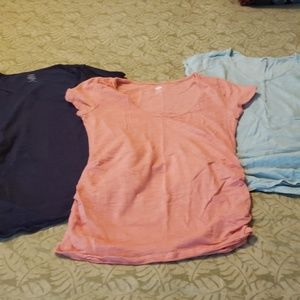 Lot of old navy maternity tshirts
